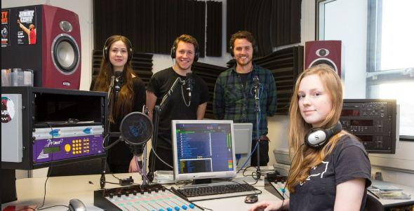 Karakteristik Radio Kampus, Radio Komunitas Mahasiswa