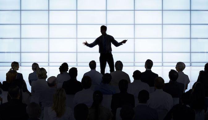 Permalink to Atasi Grogi, Berlatih PD Ketika Berbicara di Depan Umum